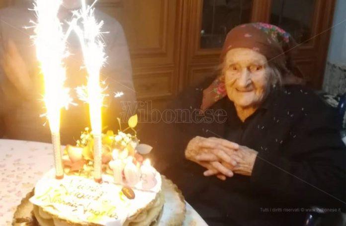 Angela Fortuna festeggia 103 anni
