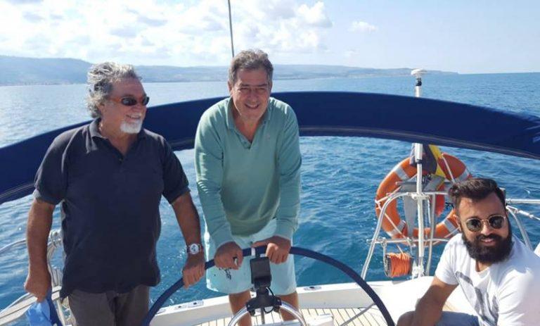 A Vibo Marina lo skipper gentiluomo che insegna le buone maniere a bordo