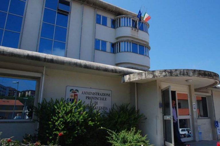 Fondi ai gruppi consiliari della Provincia di Vibo, due i testi in aula