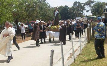 La processione in onore di San Francesco a Melbourne