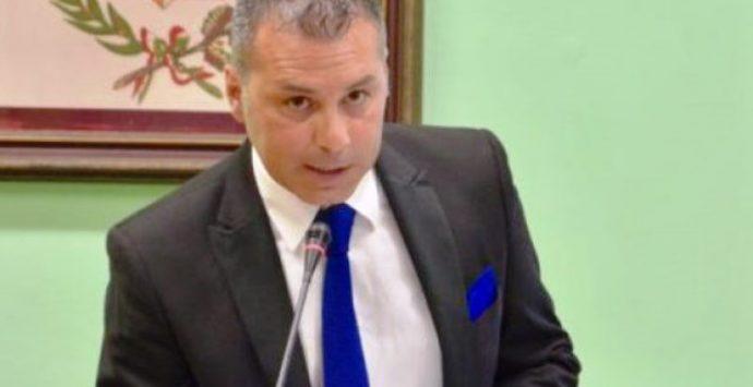 Presidente Provincia Vibo indagato, la vicinanza da parte di 5 consiglieri