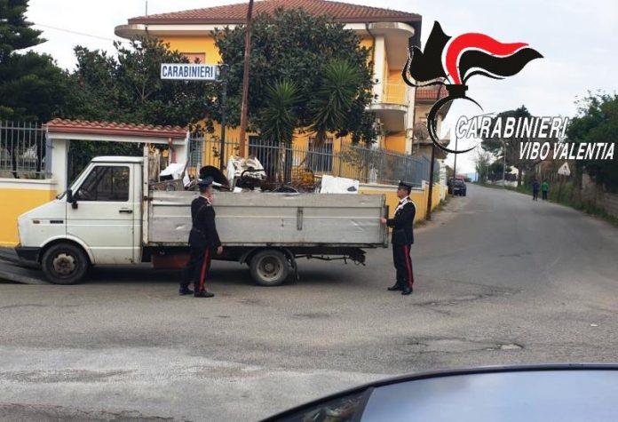 Il furgone fermato dai carabinieri