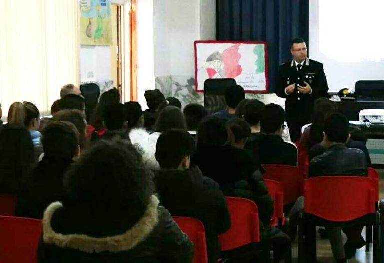 Tutela dell'ambiente, carabinieri forestali in cattedra a S. Onofrio