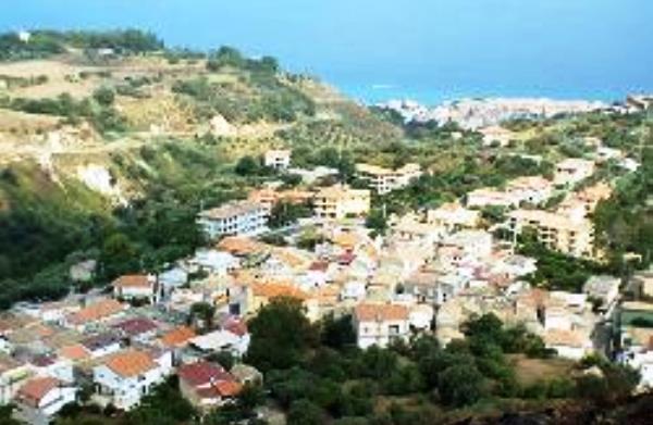 Comunali a Drapia, sfida a due: Rombolà contro Porcelli