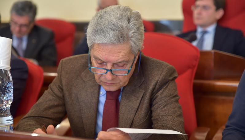 L'ex sindaco Elio Costa