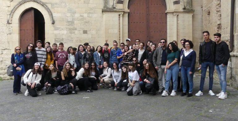«Welcome to Vibo», gli studenti del liceo Berto ciceroni dei compagni greci – Video