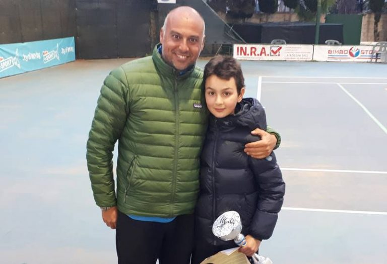 Tennis, la giovane promessa vibonese Lorenzo Accorinti trionfa al Kinder+sport