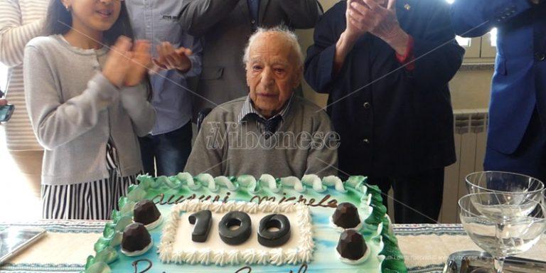 Rombiolo, i cento anni di Michele nel giorno della Liberazione – Video