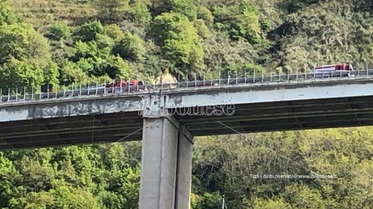 Dramma nel Vibonese, ancora un suicidio dal viadotto autostradale di Pizzo
