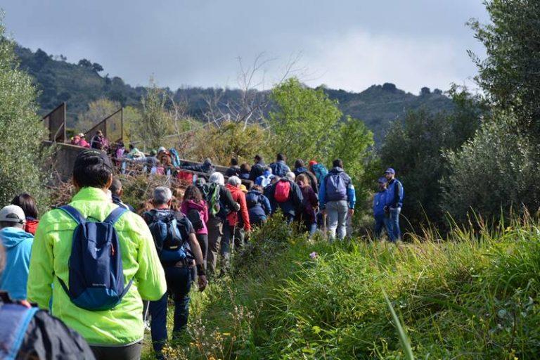 Trekking, boom di partecipanti all'inaugurazione del sentiero Cai Joppolo-Monteporo