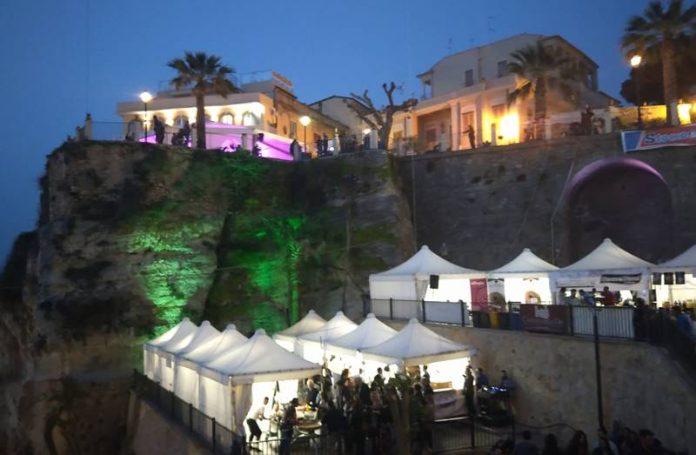 Il Tropea cipolla party (foto Giuliano)
