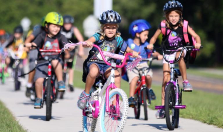 "Torna ""Bimbimbici"", una pedalata per i più piccoli tra sport e divertimento"