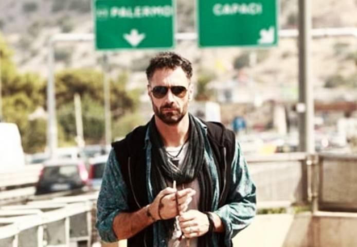 Raoul Bova interpreta Ultimo nella celebre serie Tv