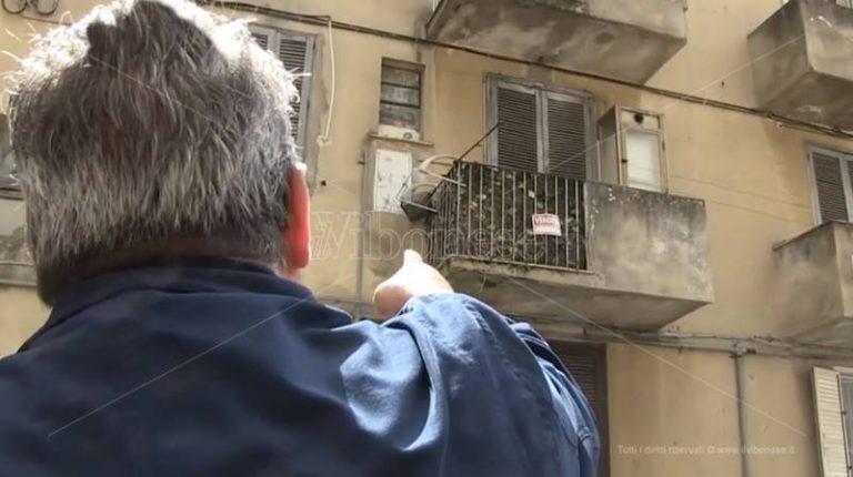Vibo, la casa promessa a Moudik ha già un legittimo proprietario – Video
