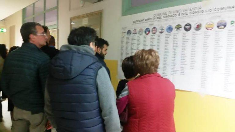 Elezioni, seggi chiusi: ecco l'affluenza nel Vibonese