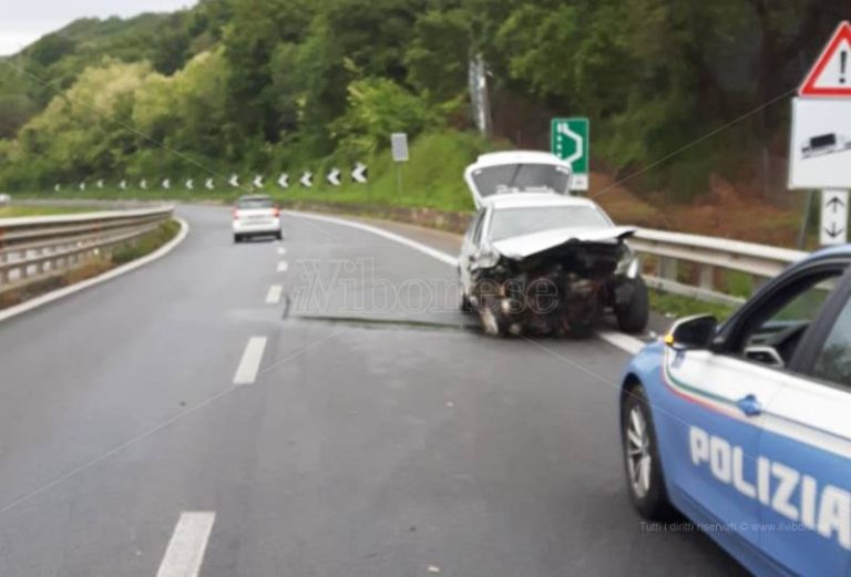 Incidente stradale nel tratto vibonese dell'A2, un ferito