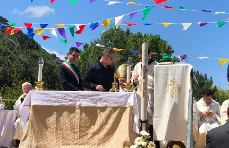 """Pizzo, posata la prima pietra della chiesa intitolata alla """"Risurrezione di Gesù"""""""