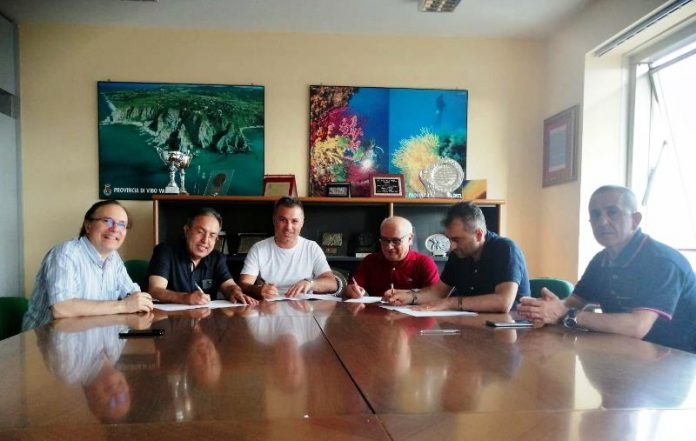 La firma del protocollo in Provincia