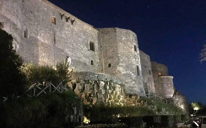 Il castello Normanno-Svevo, sede del museo Capialbi