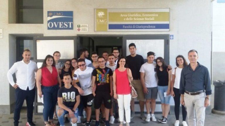 Serra, le opportunità dell'Europa spiegate agli studenti dell'Einaudi
