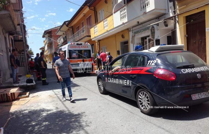 Carabinieri e Vigili del fuoco dell'incidente