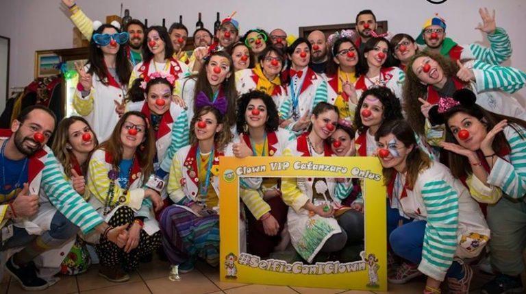 Raduno nazionale a Pizzo dei clown di corsia