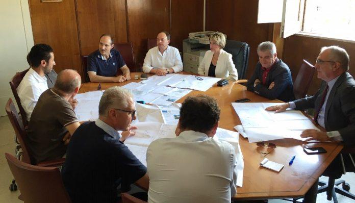 La riunione in sala giunta tra Comune e Sorical