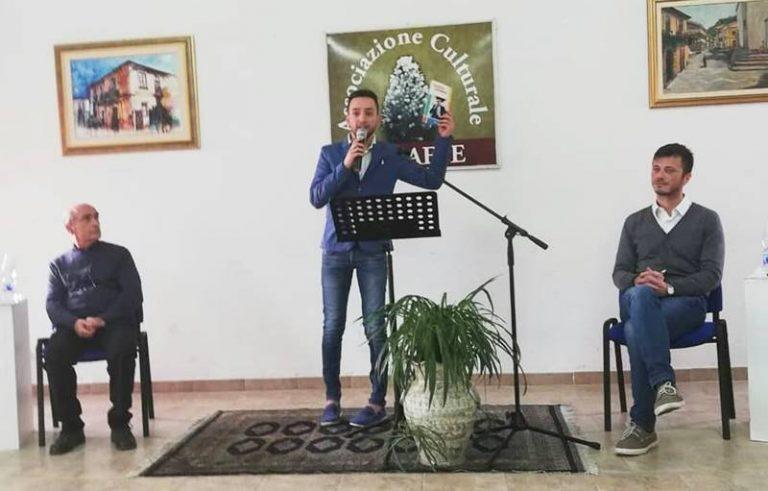 """""""Favorisca i sentimenti"""", Claudio Gentile presenta il suo libro a Dasà"""