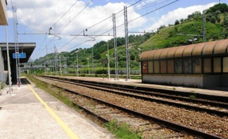 Oltre 70 minuti di ritardo sulla tratta ferroviaria Paola-Rosarno per un guasto a Mileto