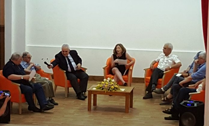 Gli ospiti del convegno con Pino Aprile