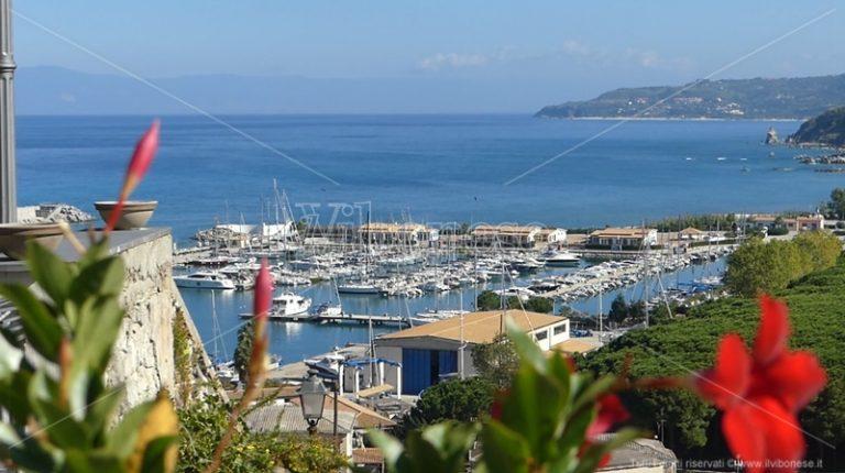 Tropea, pattuglie acrobatiche e concerti per l'evento inaugurale del Marina Yacht Club – Video