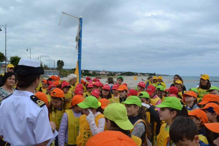 Spiagge pulite, l'esercito dei piccoli ecologisti invade Bivona