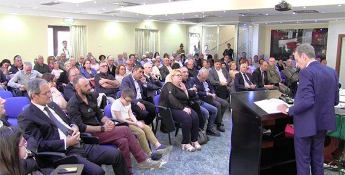 Un momento dell'assemblea di Catanzaro
