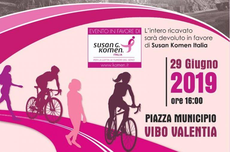 Tumore al seno, Vibo si veste di rosa per la prevenzione