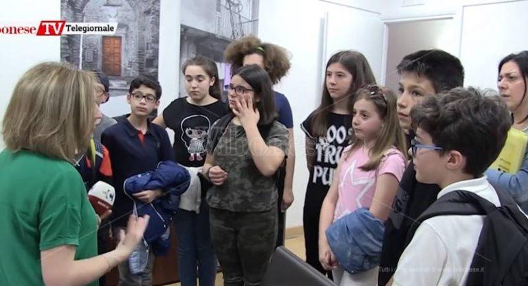 Futuri giornalisti in visita nella redazione di LaC e de Il Vibonese – Video