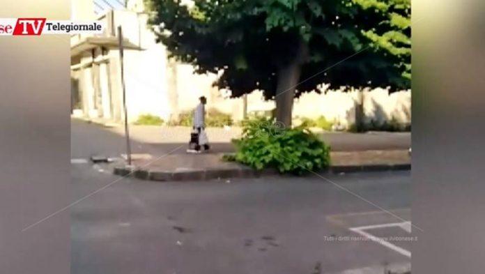 Abbandono rifiuti in strada, fenomeno sempre più diffuso a Vibo
