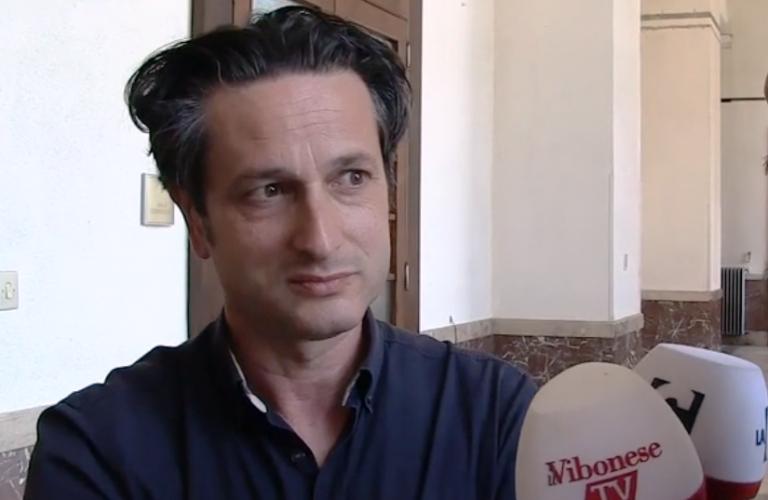 Rifiuti a Vibo, l'assessore Bruni: «Operai in agitazione? Lo sono anche i cittadini» – Video
