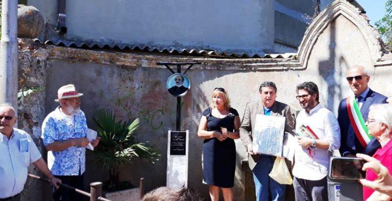 Limbadi, una stele in memoria del venerabile don Mottola