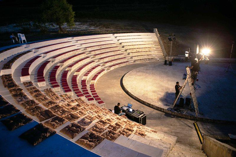 ricadi Teatro Marrana notturna Domenico Scordia