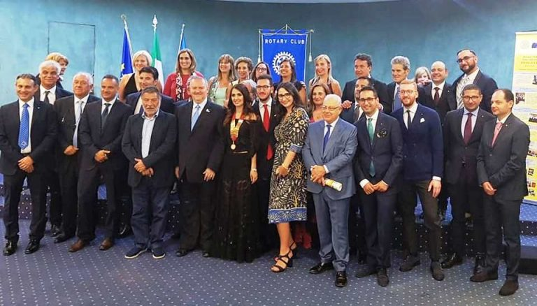 Rotary Vibo Valentia: festa per i 59 anni del Club con quattro nuovi ingressi