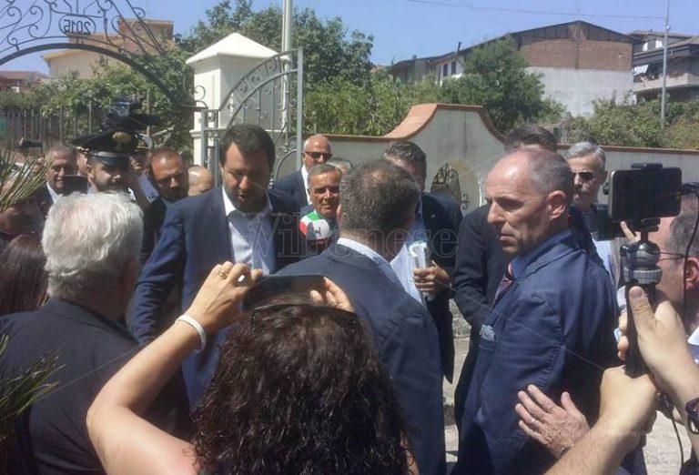 Salvini arriva a Limbadi: «La lotta ai clan non si ferma» – Video