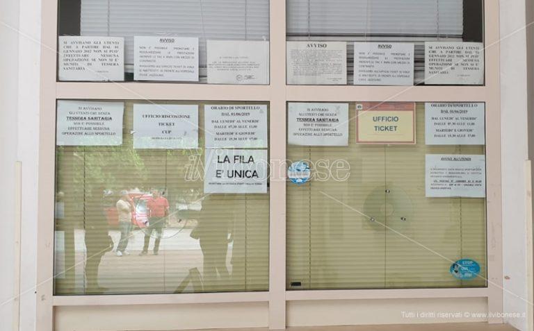 Sanità, ufficio ticket chiuso a Vibo: protestano gli utenti – Video