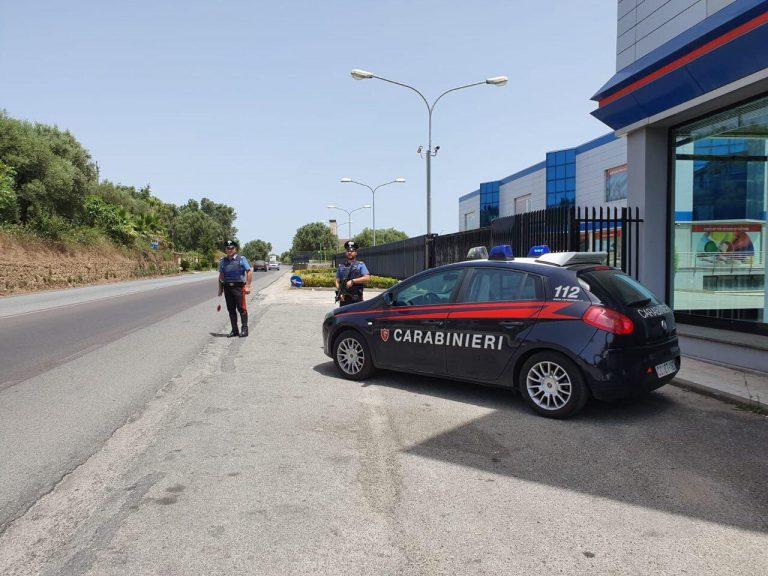 Rifiuta di sottoporsi ad esami tossicologici dopo la richiesta dei carabinieri: denunciato