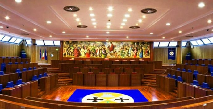 Regionali, l'ipotesi Mangialavori presidente e gli aspiranti consiglieri – Video