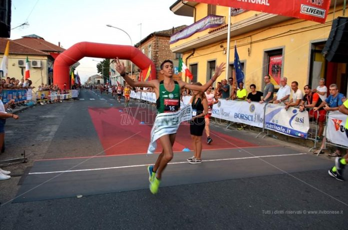 Il giovane vincitore della corsa