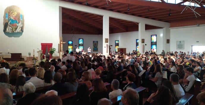 Vibo Marina, un'intera comunità dà l'estremo saluto a Federico Di Betta