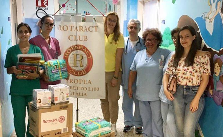 Anonimo benefattore regala 1200 pannolini alla Pediatria di Vibo