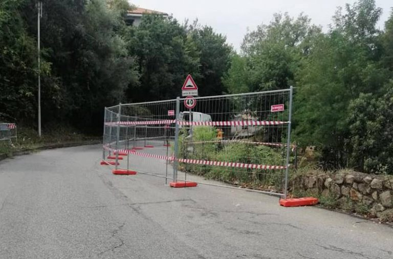Strada franata a Longobardi nel settembre 2019, il Comune di Vibo appalta i lavori