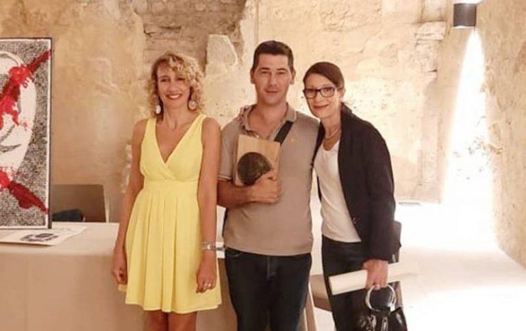 L'artista vibonese Tonino Gaudioso premiato a Cosenza