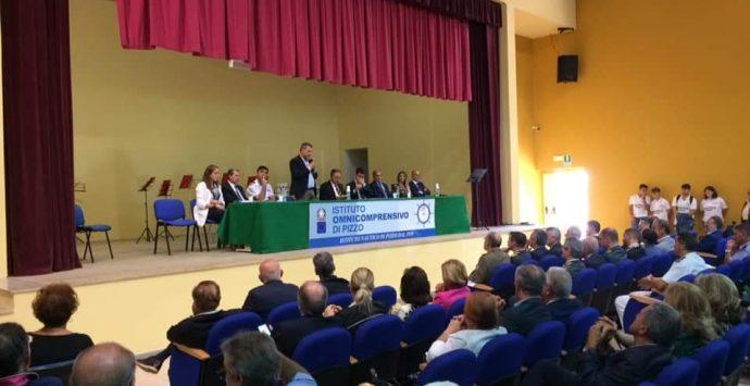 """I 60 anni del Nautico di Pizzo, la """"scuola del mare"""" sospesa tra storia e futuro – Foto"""